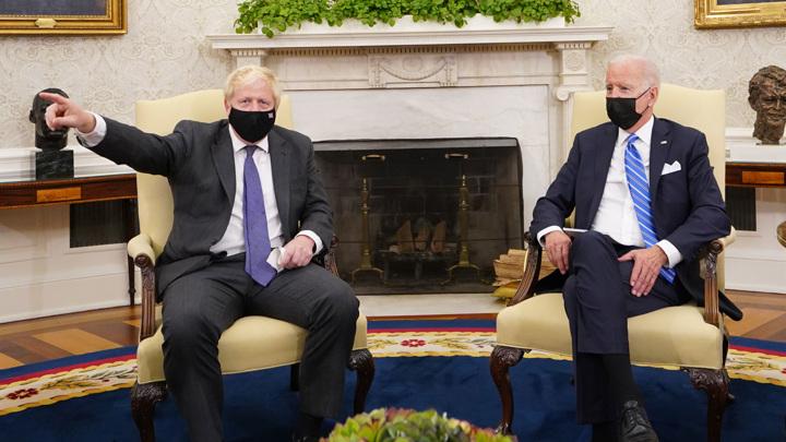 Байден и Джонсон согласовали подход к России и Китаю