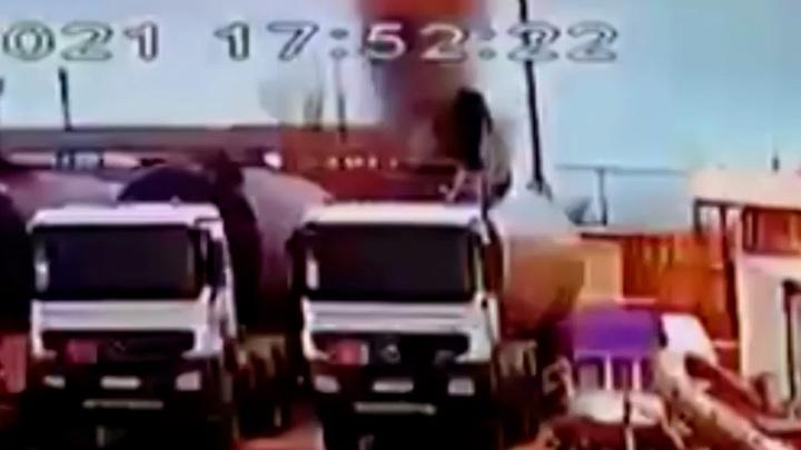 На Ямале рабочий погиб в цистерне из-за взрыва паровоздушной смеси