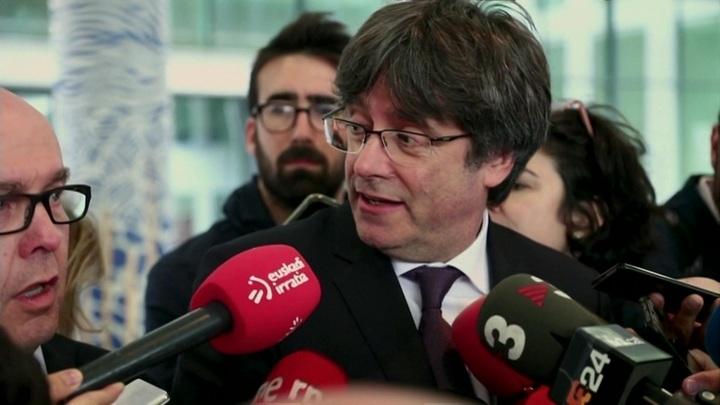 Экс-главу правительства Каталонии Пучдемона задержали на Сардинии