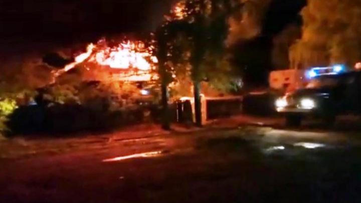 Два жителя Костромской области погибли в страшном пожаре