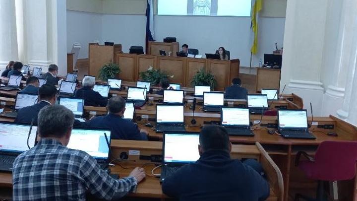 Комитет Бурятии рассмотрел поправки в бюджет-2021