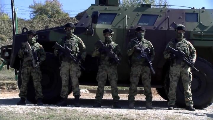 Подготовка к войне? Сербия стягивает войска к границе Косова