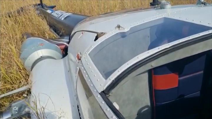 В Елизовском районе вертолет завалился на бок при посадке