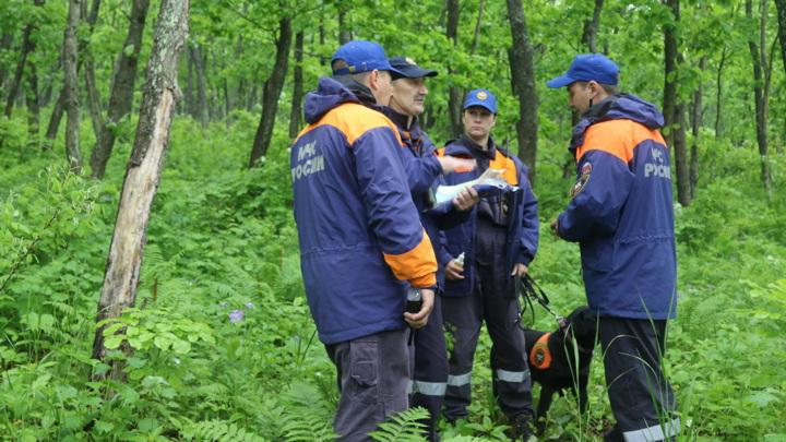 Пропавшие в Приморье туристки вышли на связь, но найти их пока не удалось