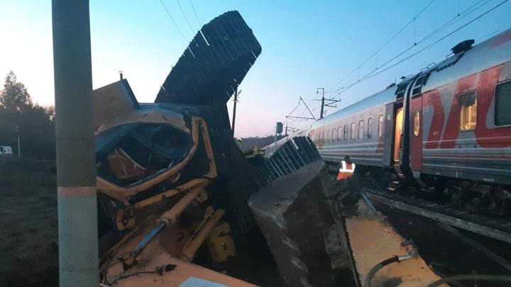 Глава Пензенской области поручил устранить последствия ДТП с поездом