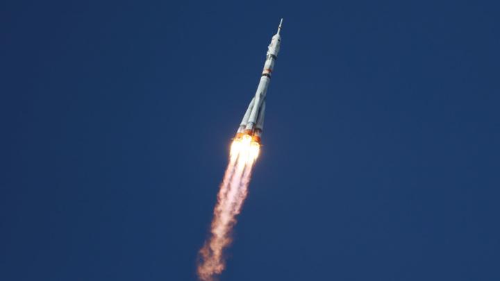 Первый в истории киноэкипаж вышел на орбиту