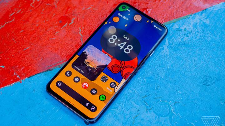 Вышел первый обзор Android 12