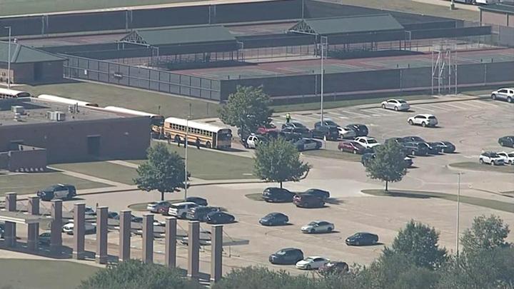 В Техасе подросток ранил четырех человек и скрылся