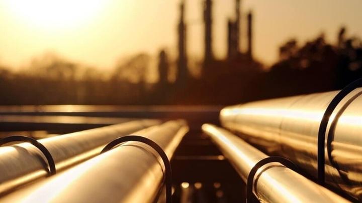 Мировые цены на нефть ускорили рост до 1%