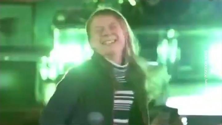 Грета Тунберг наградила экоактивистов песней