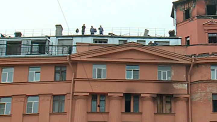 Суд Петербурга определился с наказанием для виновного в крупном пожаре