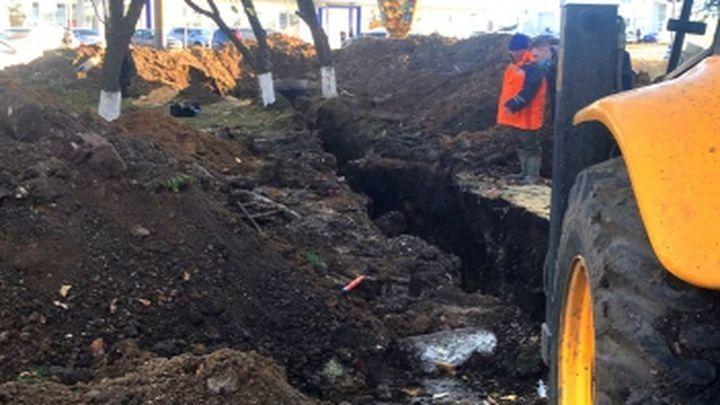 Засыпало землей: в Туле рабочий погиб в траншее