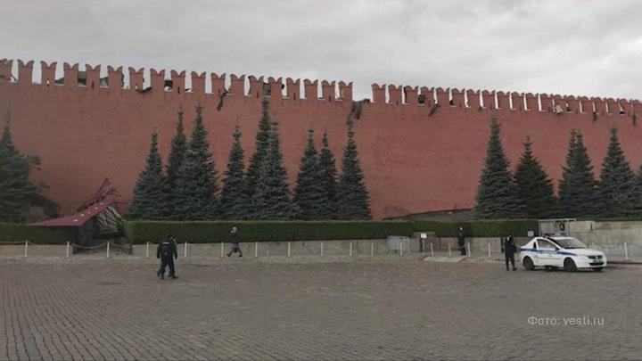 Сильный ветер повредил один из зубцов кремлевской стены