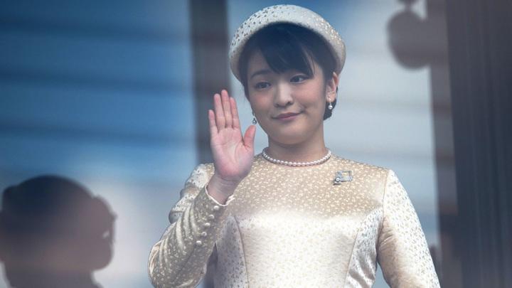 Японская принцесса Мако покидает императорскую семью
