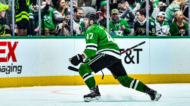 """Форварда """"Далласа"""" Радулов забросил первую шайбу в сезоне НХЛ"""