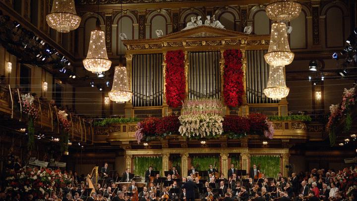 Дирижер Кристиан Тилеманн и Венский филармонический оркестр