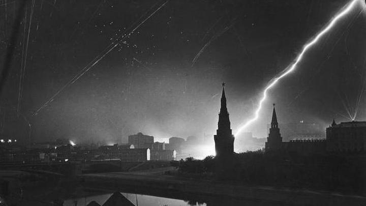 Налет на Москву. 1941 год. Автор М.Бурк-Уайт