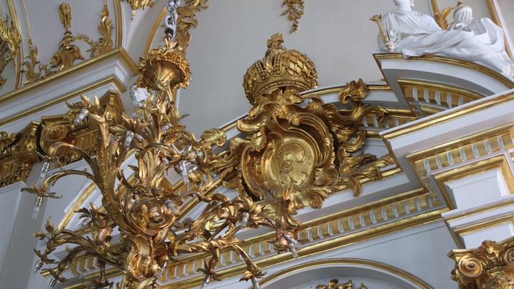 """У """"семейного дома"""" Александра III и Марии Федоровны, Аничкова дворца…"""