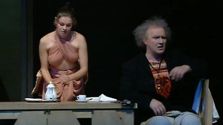 94-й сезон Театра имени Вахтангова начался с безумного дня