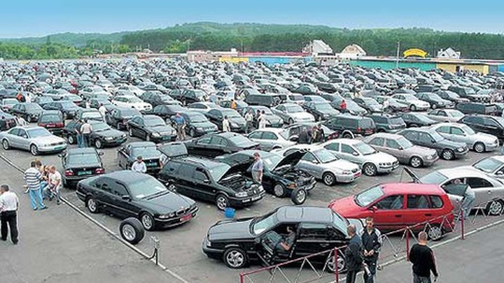Правительство планирует повысить ставки утилизационного сбора на авто