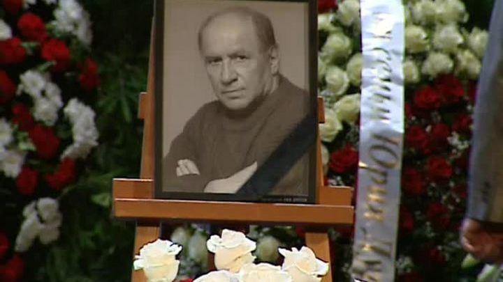 Москва простилась со Львом Дуровым